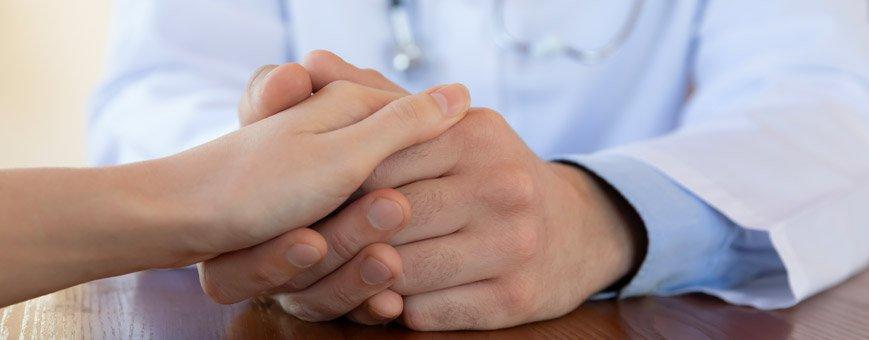 medico olistico ricerca le cause principali della patologia